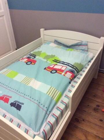 histoire de zip et de lit pr t a dormir le rire des anges. Black Bedroom Furniture Sets. Home Design Ideas